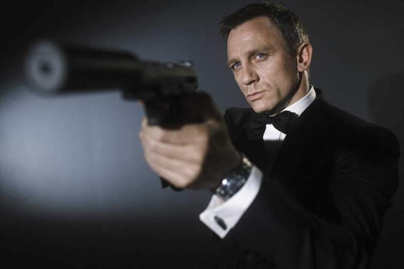james_bond_daniel_craig-1248x832
